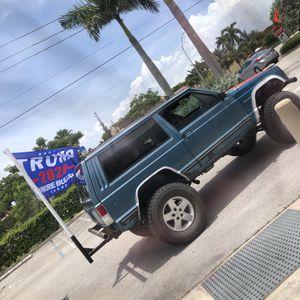 87 Jeep Xj 2 Door for Sale in Miami, FL