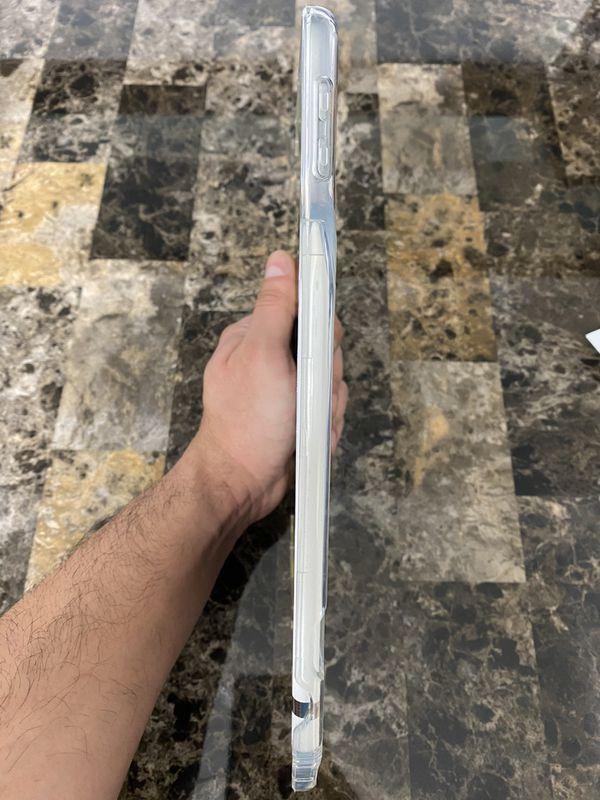 i Pad 6 generation 32 Gg with i Pad pencil & i Pad case.