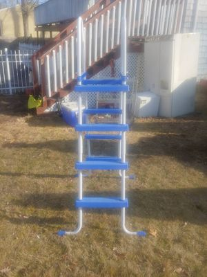 Like New 6ft Above Ground Pool Ladder for Sale in Swansea, MA