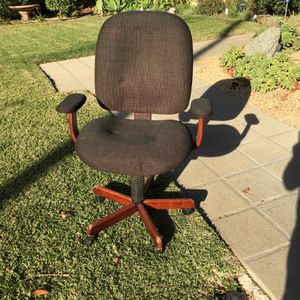 Free office chair for Sale in Monrovia, CA