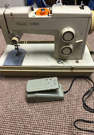 Metal Sewing machine with cover for Sale in Alexandria, VA