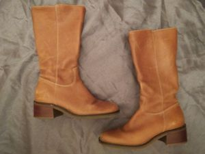 Girls Brown Boots Size 5 for Sale in Pride, LA