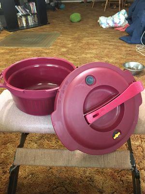 Tupperware micro- cooker for Sale in Elk City, KS