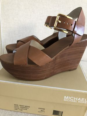 Michael Kors Wedge Sandal Size 7.5 for Sale in Buffalo, NY