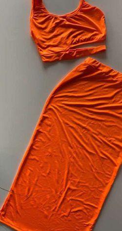 2pc Orange skirt Size , Small medium Large &Xlarge for Sale in Port Richey,  FL