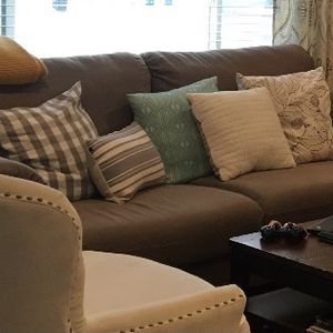 Free Couch for Sale in Naperville, IL