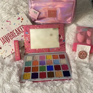 Pink Jeffree Star bundle for Sale in Lynn, MA