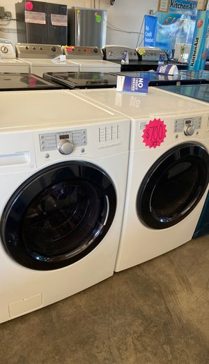 KENMORE FRON LOAD WASHER & DRYER SET for Sale in Rialto, CA