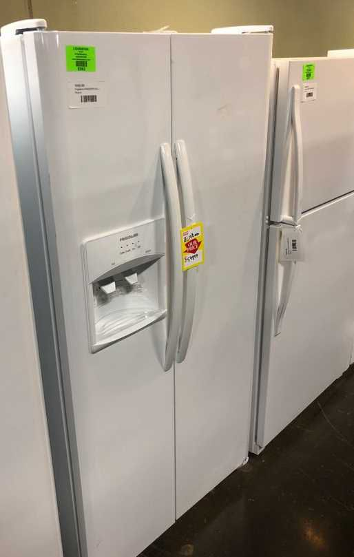Brand Nee Frigidaire Side by Side Refrigerator White (Model:LFSS2312TP)