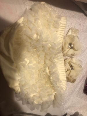 Newborn diaper ruffle and pair of matching footies for Sale in San Diego, CA