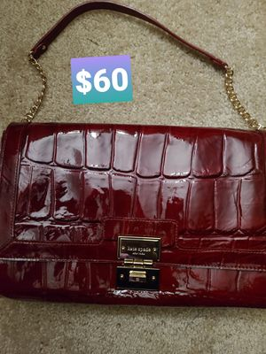 NUSED authentic Kate Spade patent leather purse for Sale in Rockville, MD