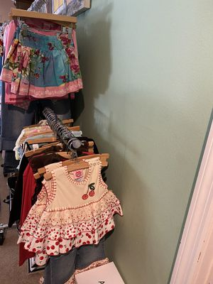 New kids wholesale Clothing lot ( Childrens Boutique clothes) for Sale in Tarpon Springs, FL