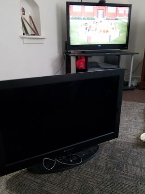 "USED BUT WORKS 32"" Element TV for Sale in Sioux City, IA"