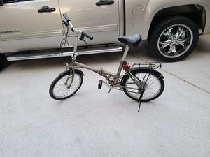 Adventurer folding bike for Sale in Houston, TX