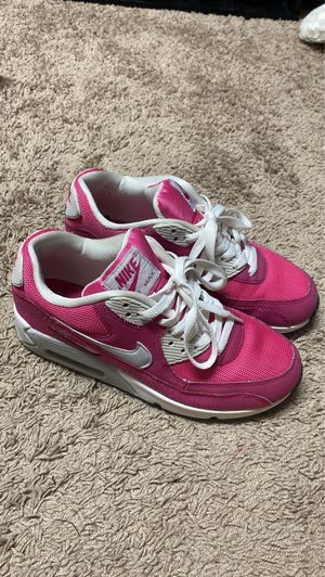 Girls Hot Pink Air Max 90 for Sale in Cary, NC