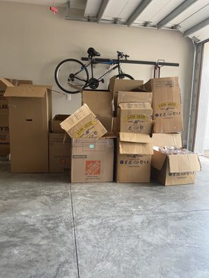 Free moving boxes! for Sale in Tampa, FL