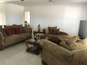 Complete living room set with tables (3) for Sale in Cutler Bay, FL