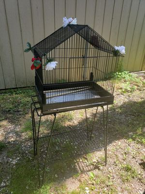 Bird cage with stand for Sale in White Plains, MD