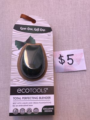 Beauty blender ecotools for Sale in Miami Gardens, FL