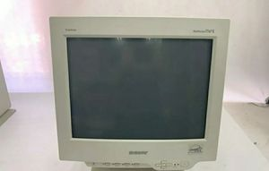 "Sony Multiscam 17"" Triaitron Color Gaming Computer Monitor for Sale in Acworth, GA"