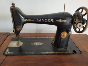 Antique singer sewing machine hand foot crank for Sale in Downers Grove, IL