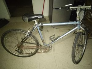 vintage Diamond back mountain bike for Sale in Fresno, CA