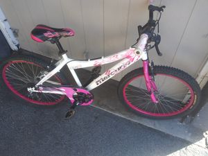 Girls mountain bike for Sale in San Diego, CA