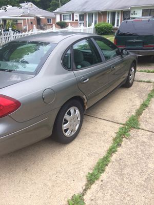 2001 Ford Taurus for Sale in Forest Heights, MD