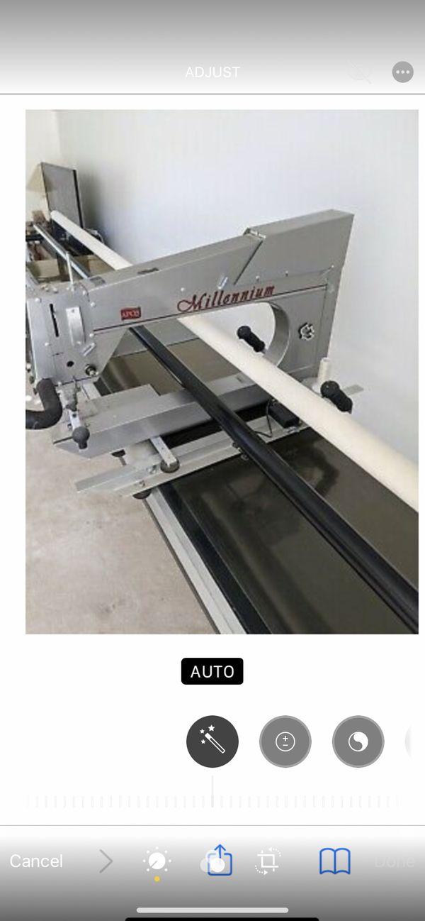 APQS Millennium Longarm Quilting Machine With 12' Frame