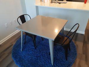 NEWish TABLE for Sale in La Mesa, CA