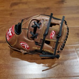 Rawlings Gold Glove Gamer Limited Edition Glove for Sale in Crown Point, IN