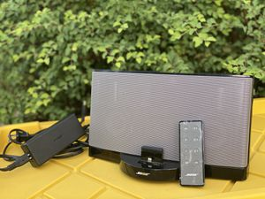 BOSE Soundock III, with original lightening dock and Remote Control for Sale in St. Louis, MO