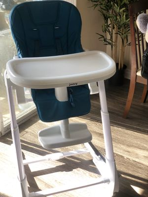 Joovy Foodoo Baby Height Adjustable High Chair, Turquoise for Sale in Brea, CA