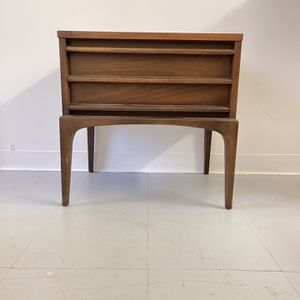 Vintage Lane Furniture Table Stand Drawers Seattle for Sale in Seattle, WA