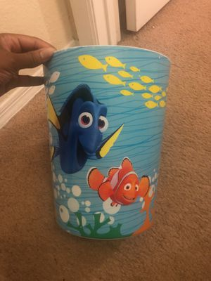 NEMO & Dory shower curtain & matching trash for Sale in Orlando, FL