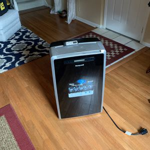 Portable AC Unit for Sale in Englewood, CO