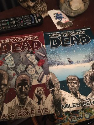 Walking dead graphic novels for Sale in Sunbury, OH