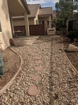 Rock need gone asap for Sale in Perris, CA