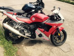 2004 Yamaha YZF 600 for Sale in Columbus, OH