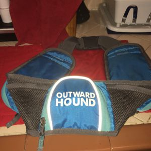 New Outward Hound Fanny Pack For Dog Walker for Sale in Fresno, CA