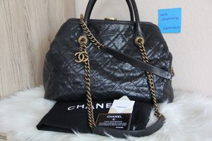 Chanel cambon 31 rue quilted CC logo caviar for Sale in Hawthorne, CA