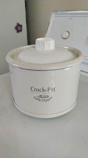 Mini crock pot for Sale in Henderson, NV
