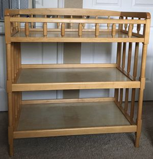 Changing table with 2 shelfs for Sale in Renton, WA