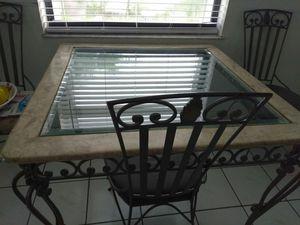 La Mesa de 4 silla y did Mesa del Centro for Sale in Miami, FL