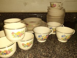 HARKER POTTERY BAKERITE PETIT POINT 22K GOLD LOT 34 PCS for Sale in New York, NY