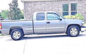 ֆ12OO 4WD CHEVY SILVERADO 4WD for Sale in Ashburn, VA