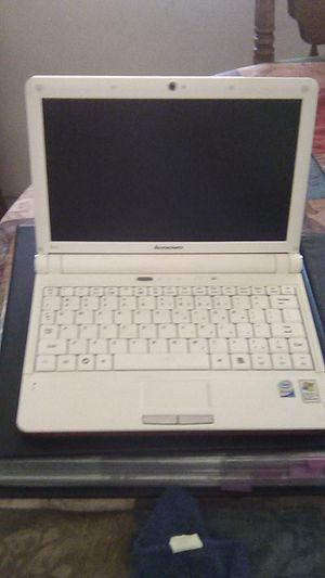 Lenovo Ideapad. Laptop for Sale in Fresno, CA