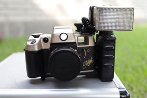 Big Royal View 35mm Film Camera for Sale in Pasadena, TX