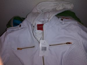 BRAND NEW GUESS JACKET for Sale in Dallas, TX