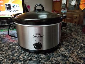 7 QT Rival Crock Pot for Sale in Phoenix, AZ